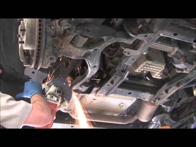 Discovery LR3 - Lower Control Arms and Tie Rods - YouTube