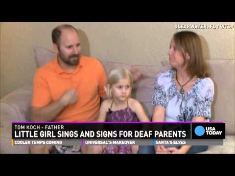 Girl signs Christmas concert for deaf parents