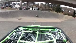 Mit dem Rc Car auf der Half Pipe Teil 1