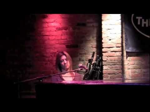 Kristin Errett Landslide Cover at The Bitter End