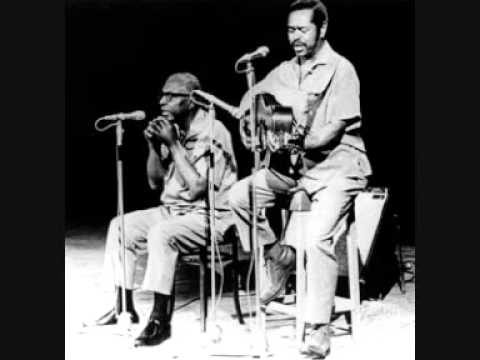 Sonny Terry&Brownie McGhee - BIG LEGGED WOMAN