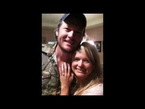 Miranda Lambert and Blake Shelton Love Pic