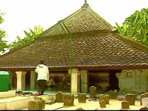Makam Sunan Bonang Tuban video