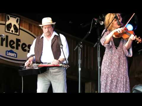 Alison Kruass&Union Station featuring Jerry Douglas