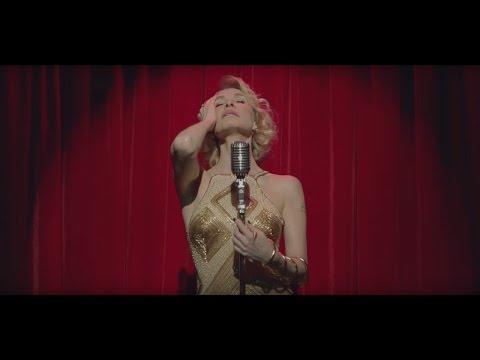 Caliente video de Gloria Carrá con escenas sexuales