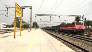 13008 Shri Ganganagar - Howrah Udyan Abha Toofan Express powered by Howrah WAP-4 [4K]