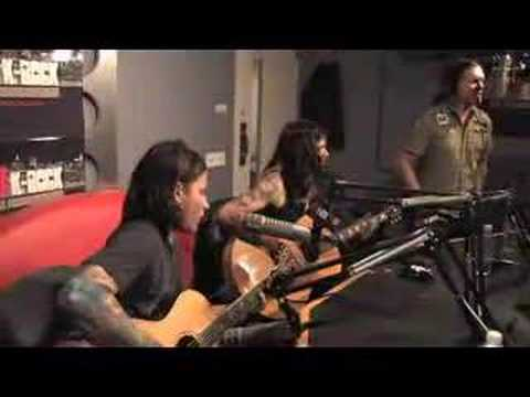 Shinedown - Devour (Acoustic on 92.3 K-Rock)