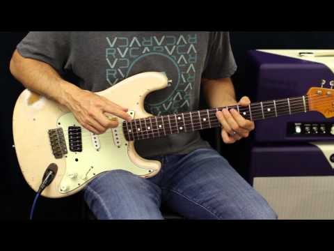 Free Jam Track - E Blues - Mixing Major And Minor Pentatonic Scales - How To Solo - Guitar Lesson