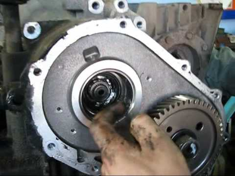 Chrysler Voyager 2001 Automatic Transmission Repair Part 1