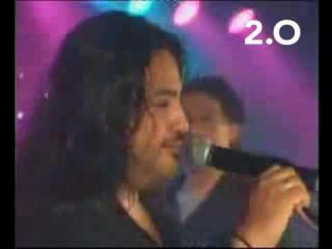 2.0, LO MEJOR DE LA WEB - Humorísticos - Genial imitador de cantantes famosos