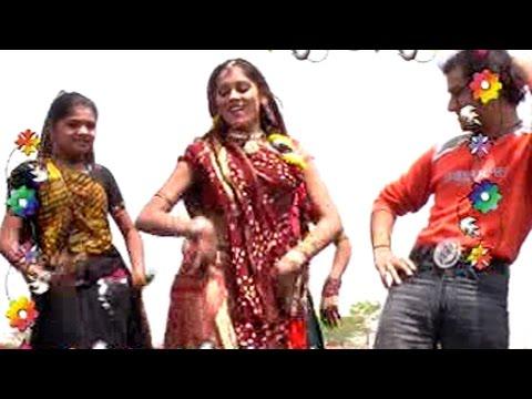 New Rajasthani Songs 2014 - Gore Se Rang Ra Bansa - Romantic...