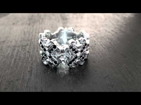 O.G. &amp; N.C. Borderless Envelop Diamond Centers Black Tips