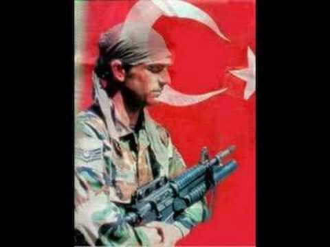 Hakan Taşıyan - Geze Geze (Barak)-Askerim Boynum Bükük