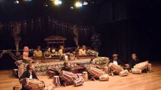 Rampak Kendang by Degung Singalagena