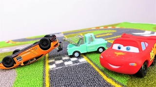Lightning McQueen. 🚗 Car racing for kids. Toy cars on #PlayTime. Videos for kids with #toysforboys.