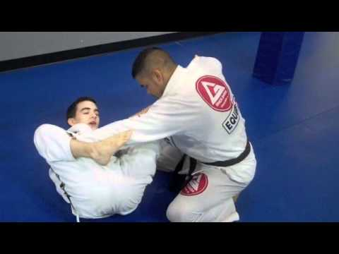 sweet set up to armlock from spider guard Image 1