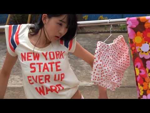浅川梨奈-ビキニや浴衣着てかわいらしくグラビア撮影画像
