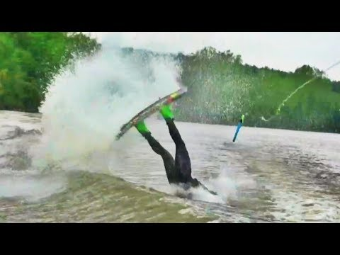 Wakeboarding CRASH Compilation!