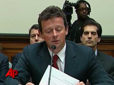 BP's Hayward at Hearing: 'Deeply Sorry'