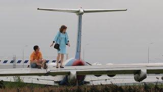 Новое модное место казанцев - брошенные возле аэропорта самолеты
