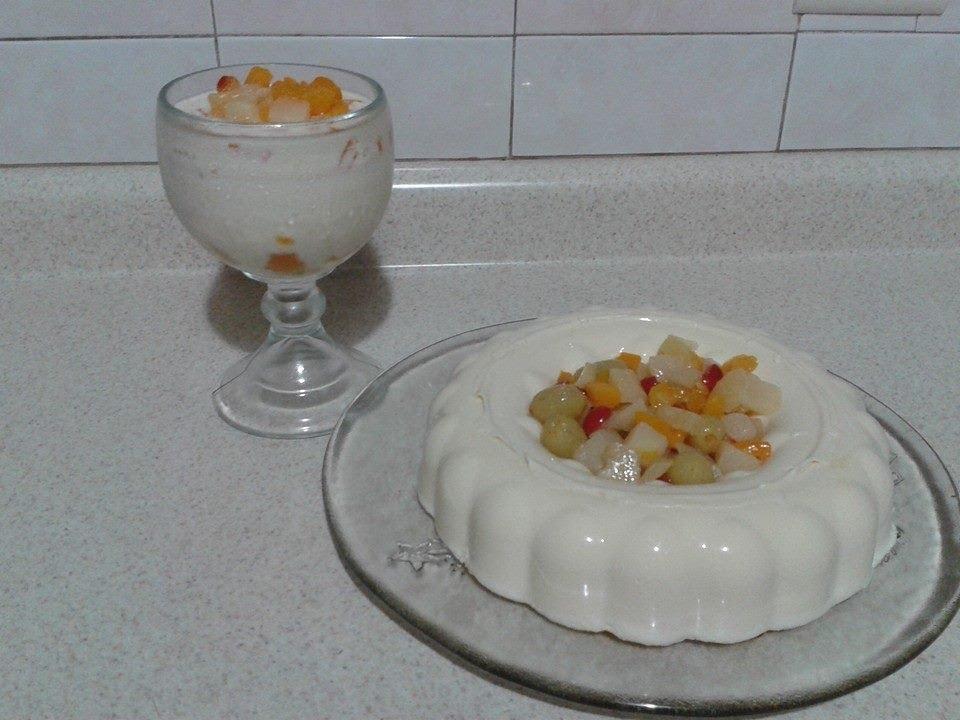 Gelatina de leche con frutas en almibar by angy youtube - Como hacer melocoton en almibar ...
