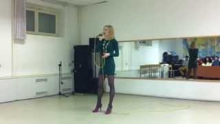 Watch Leann Rimes Review My Kisses video
