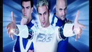 Watch Eiffel 65 Lucky In My Life video