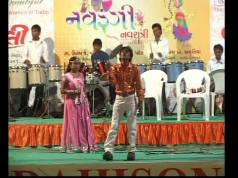 Gujarati Garba Song Navratri Live 2011 - Lions Club Kalol - Rohit Thakor - Day-8 Part-3 video
