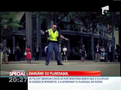 Special! Un Politist Dansator video
