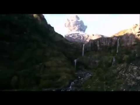 Un turista captó el primer estallido del volcán Calbuco