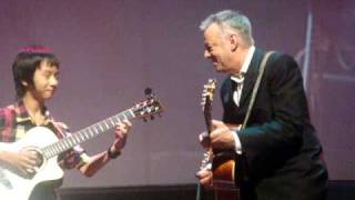 Download Lagu Tommy Emmanuel with Sungha Jung ~ Day Tripper / Lady Madonna Gratis STAFABAND