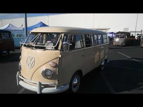 Octo VW bus show October 2017 huge turnout