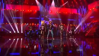 Download Lagu LMFAO - Party Rock Anthem / Sexy And I Know It ( Live @ American Music Awards ) [HD] Gratis STAFABAND