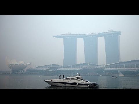 Singapore air pollution hits record high - China smog style.