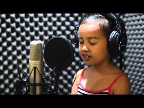 Isang Mundo, Isang Awit Cover By Carmel Ginie Reyes video