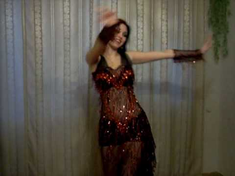 SAPPHIRA BELLY DANCES TO SONG 