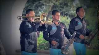 Watch Banda Carnaval Pideme video