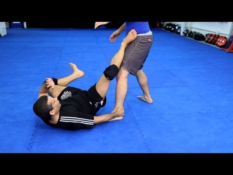 How to Do De La Riva Guard Attacks | MMA Fighting Image 1
