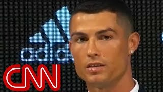 Cristiano Ronaldo arrives to fanfare at Juventus
