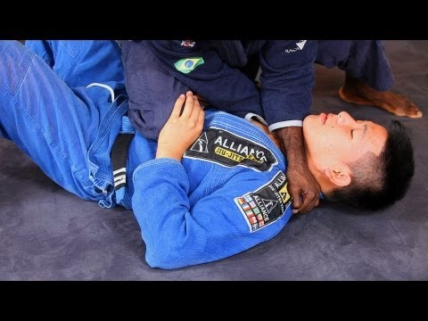 How to Choke from Knee on Stomach | Jiu Jitsu