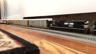 HO Scale NS Autorack Train Vs. CSX Garbage Train Part 3
