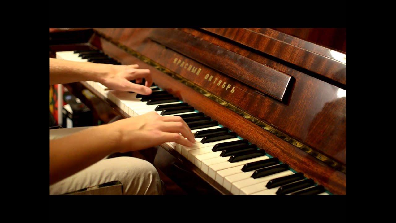 Узор на фортепиано