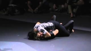 Crazy exciting jiu jitsu match