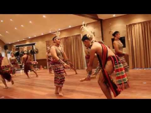 Philippine Ethnic Dance In Villa Escudero video