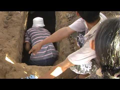 Boc mo cai tang cu Nguyen Thi Tiep part2
