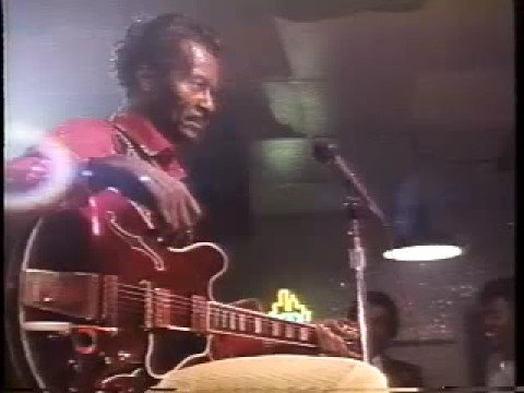 CHUCK BERRY♬CB Dust His Room