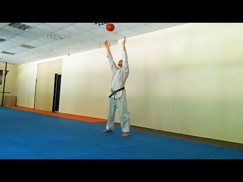 Упражнения с набивным мячом/Medicine Ball Exercises. Каратэ клуб СКИФ/Karate club SKIF.