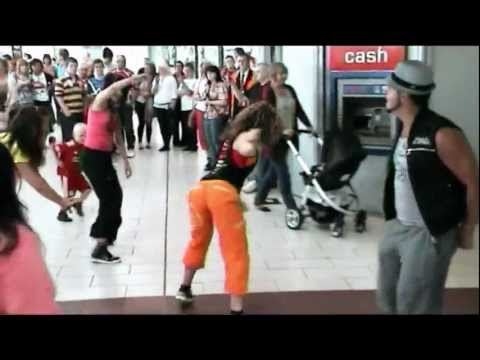 Zumba Flash Mob 2: Warrington Bus Station [23: 07: 11]