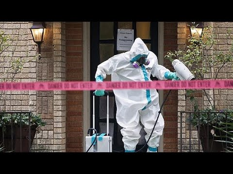 'Mistake' made by hospital staff blamed for Ebola transmission in Texas