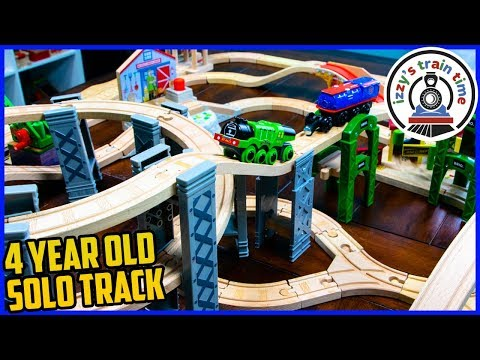 FOUR YEAR OLD BUILDS A THOMAS TRACK!